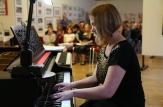 Karolína Zenknerová - klavír